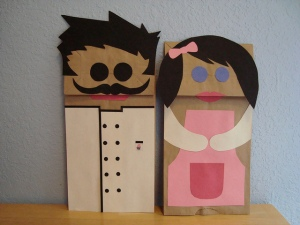 Puppets of Pelayo and Elisenda: